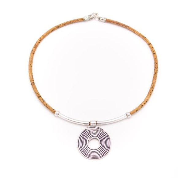 Necklace w/Spiral Circle Pendant
