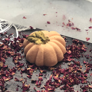 Golden Shimmer Pumpkin Bath Bomb