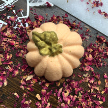 Load image into Gallery viewer, Golden Shimmer Pumpkin Bath Bomb