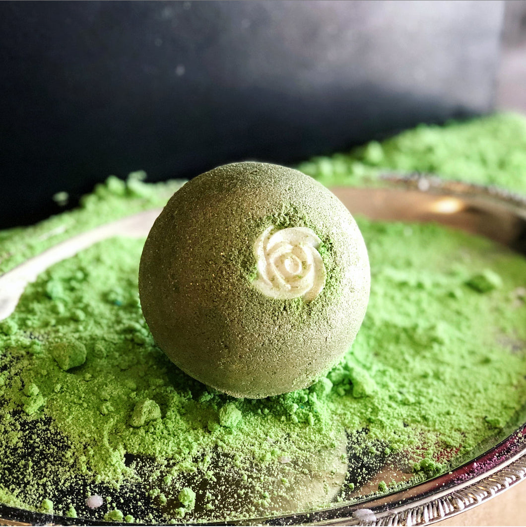 Cucumber Rose Half Pound Bath Bomb