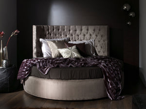 Couture Round Bed