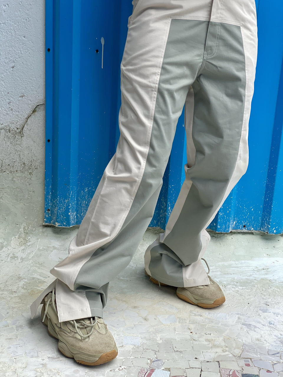 CONTRAST PANTS WITH SLIT [UNISEX]