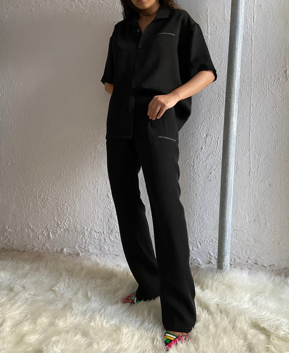 BLACK PLEATED PANTS [UNISEX]