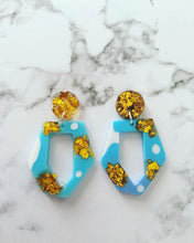 Load image into Gallery viewer, Milky Blue Earrings