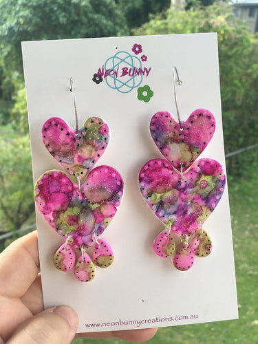Tye dye pink heart earrings