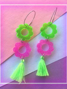 Lime Jelly Daisy Dangles With Tassels