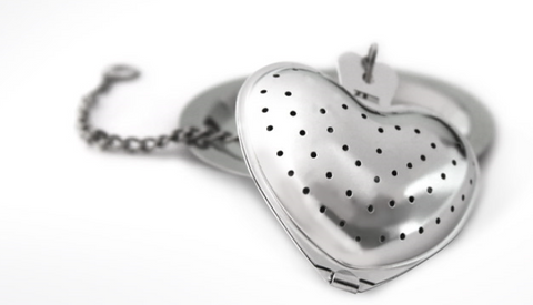 Stainless Steel Heart Strainer w/ Drip Plate