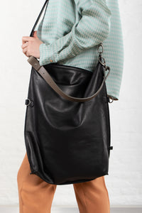 Ellen Truijen - 4 Big Ways - bag - cashmere ebony