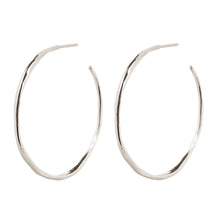 Load image into Gallery viewer, Wouters & Hendrix - ESC00018 - organic shaped hoops - silver
