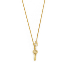 Load image into Gallery viewer, Wouters & Hendrix - NSC00018 - key pendant - gold