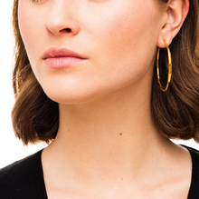 Load image into Gallery viewer, Wouters & Hendrix - ESC00018 - organic shaped hoops - gold