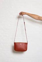 Load image into Gallery viewer, APC - Sarah - bag - whiskey