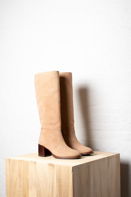 Chie Mihara boot laars suede tolomo apolo sand beige Zolamanola Utrecht