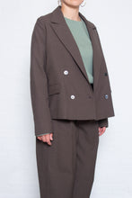 Load image into Gallery viewer, Delikatessen - Cropped double breasted jacket - brown