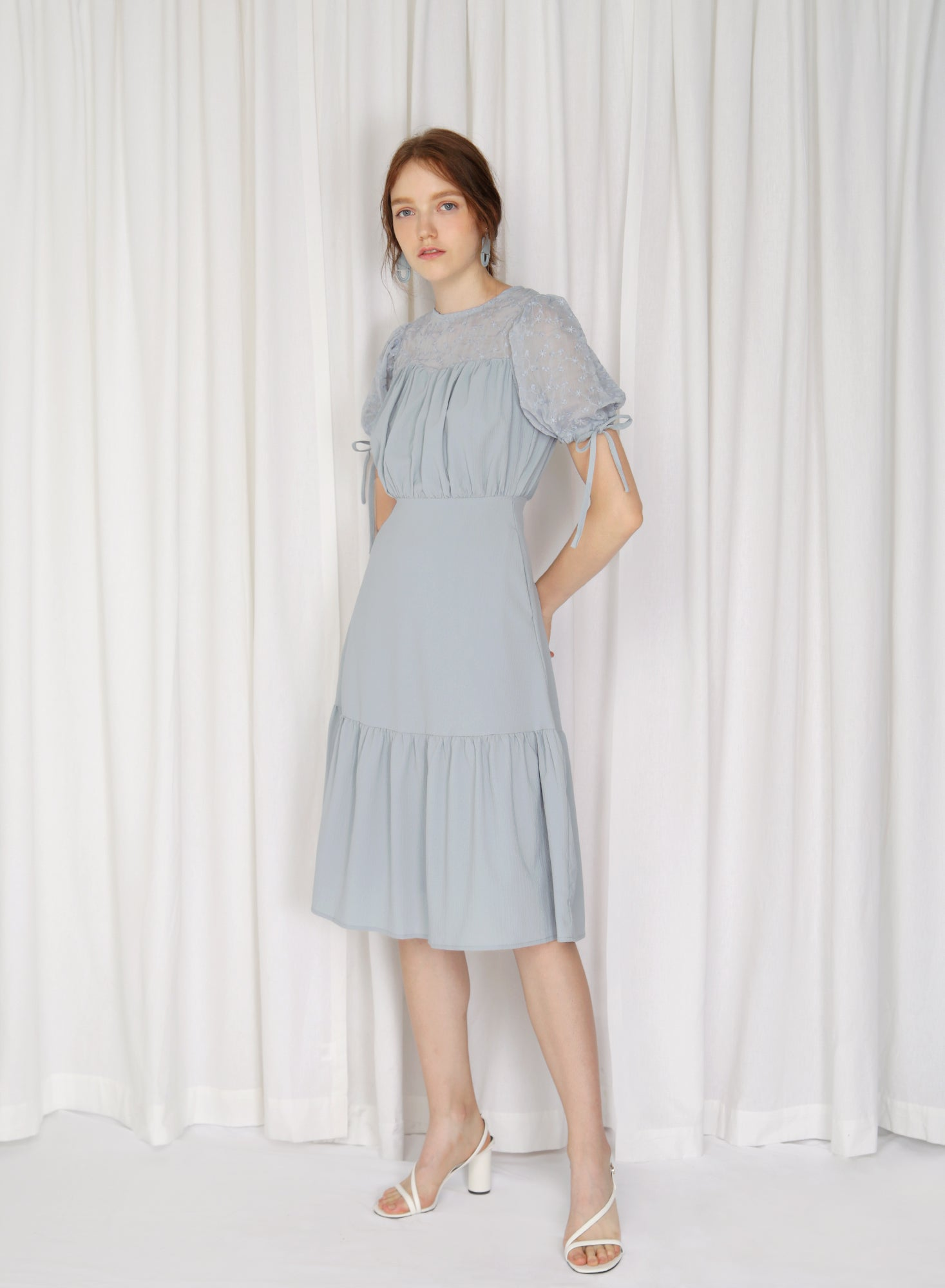 Cirrus Lace Insert Puff Sleeves Dress (Sky)