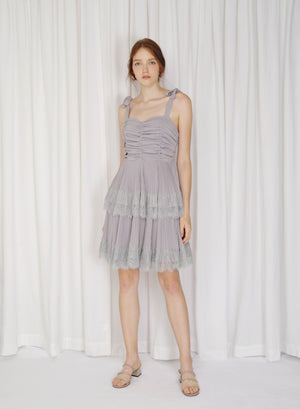 Fractus Lace Trim Pleated Dress (Amethyst)