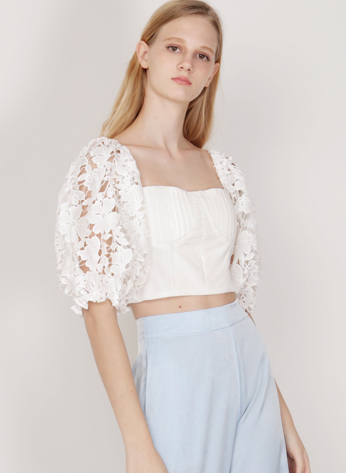 Palette Crochet Sleeved Top (White)