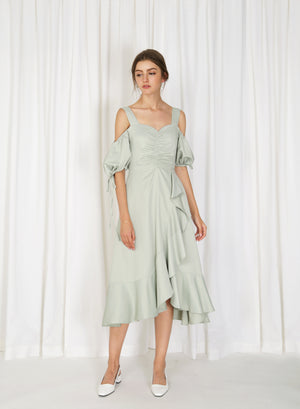 Harstad Cold Shoulder Ruched Dress (Melon)