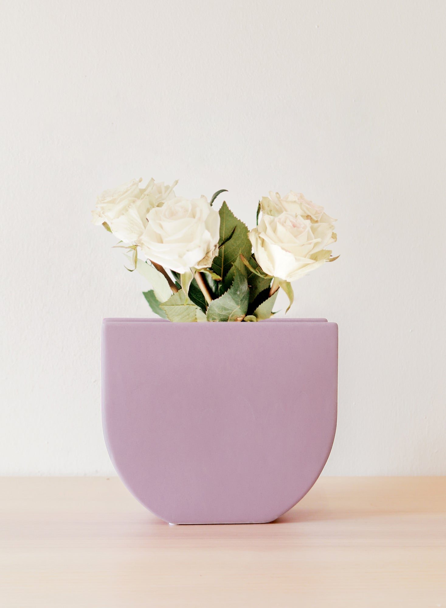 Ceramic U-shaped Vase (Lavender)