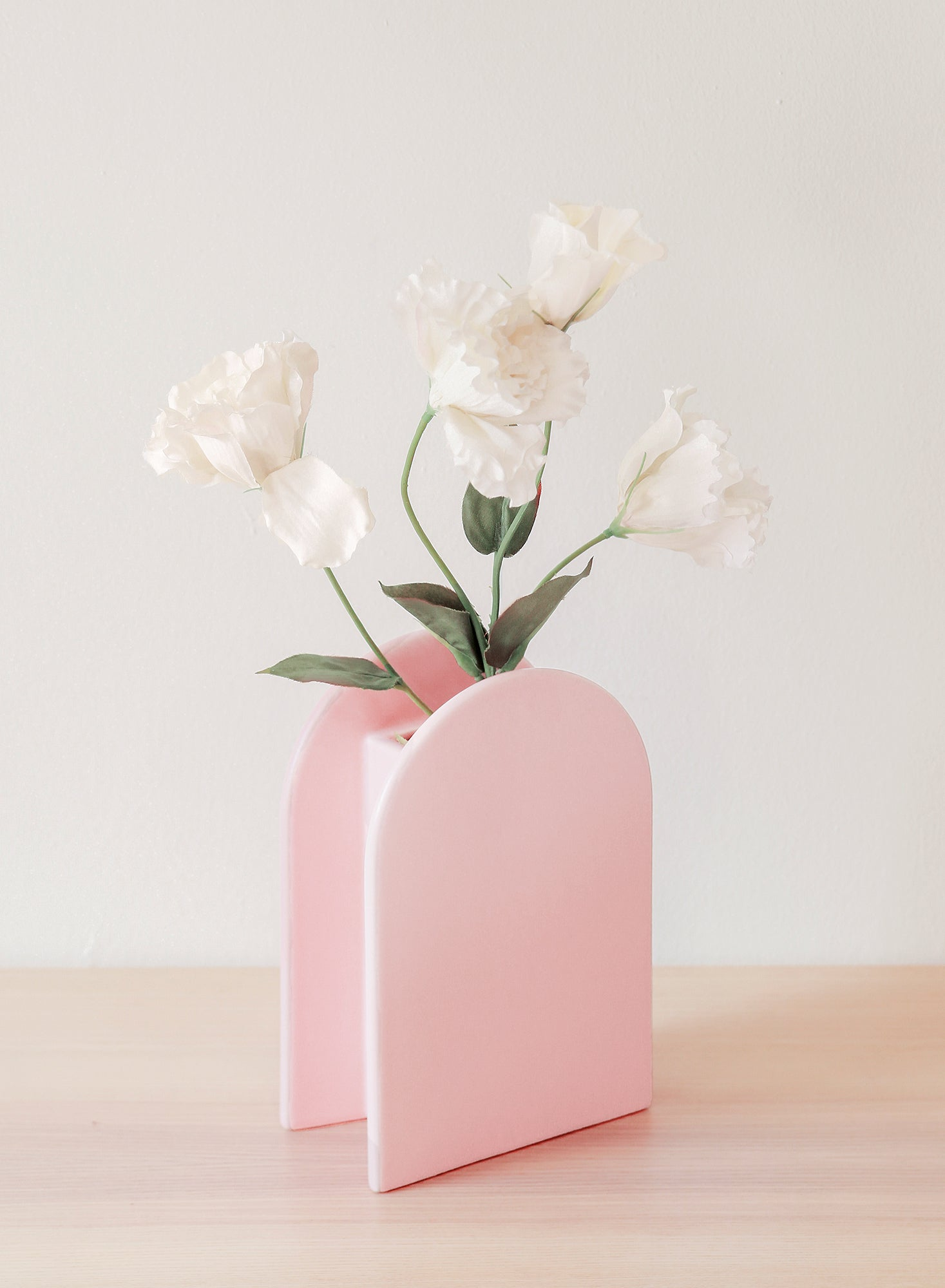 Ceramic Medium Arc Vase (Powder Blush)