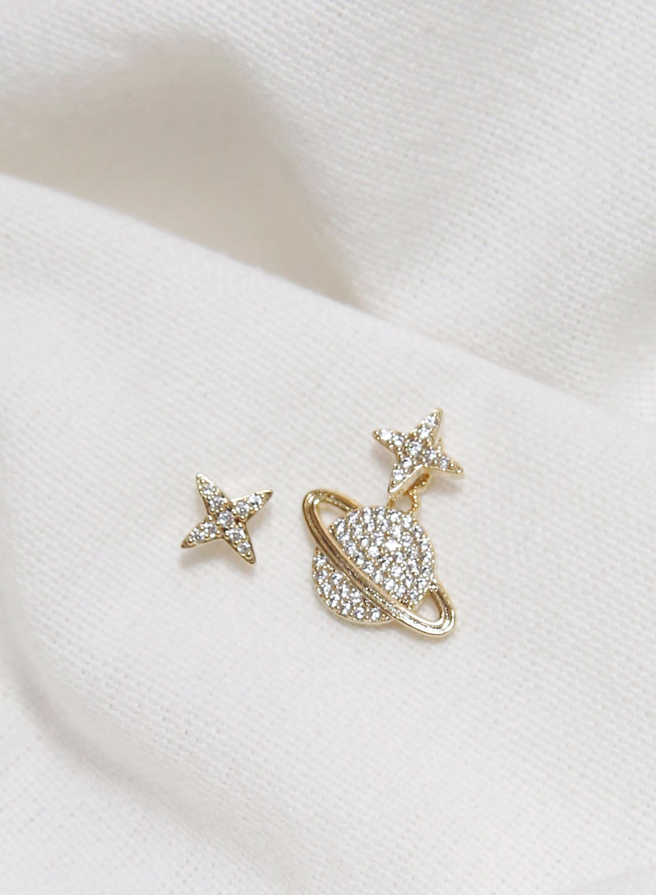 Diamante Saturn Gold Earrings