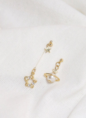 Pearly Astra Stardrop Earrings