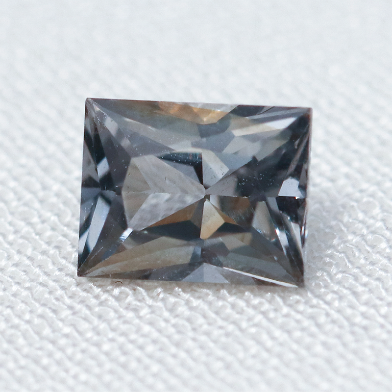 Load image into Gallery viewer, ~0.6ct Spinel (4 x 5.1mm) Cabinetofcuriosityjewellery