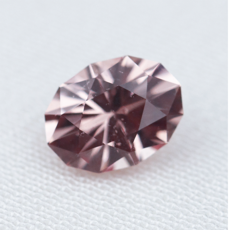 Load image into Gallery viewer, 1ct Mahenge Garnet (6.8 x 5.2mm) Cabinetofcuriosityjewellery