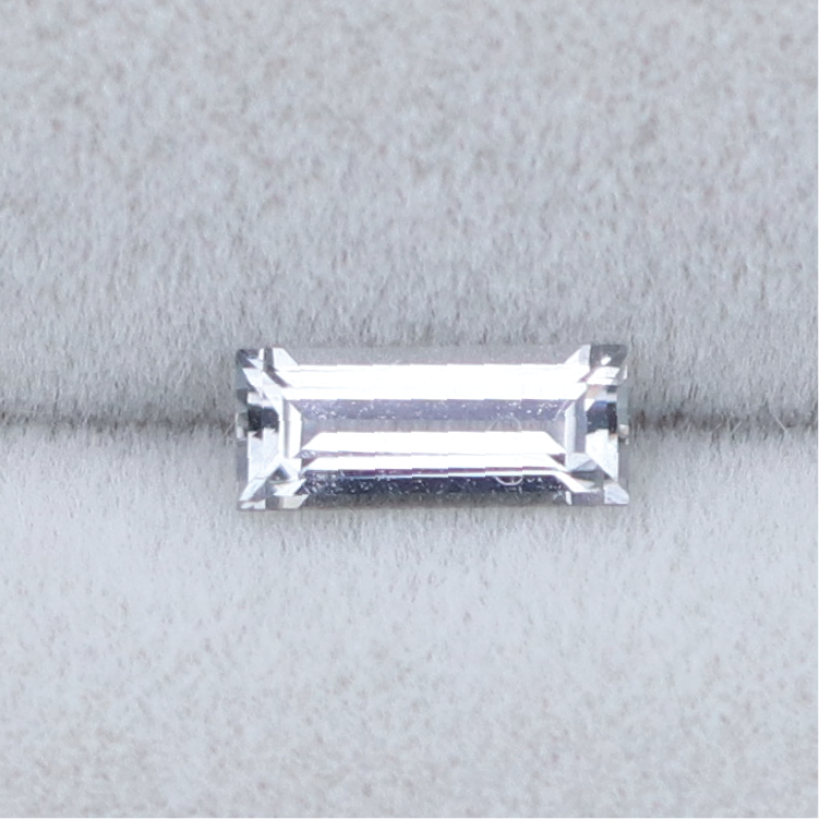 Load image into Gallery viewer, BL006 Spinel (6x2.5mm) - Cabinetofcuriosityjewellery