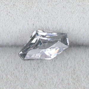 Load image into Gallery viewer, M006 Spinel (5.4x3.4mm) - Cabinetofcuriosityjewellery