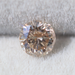 Load image into Gallery viewer, M019 Fancy Diamond (3.5mm 0.18ct) Cabinetofcuriosityjewellery