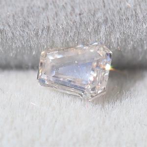 Load image into Gallery viewer, S027 Diamond (3 x 3.5mm 0.15ct) Cabinetofcuriosityjewellery