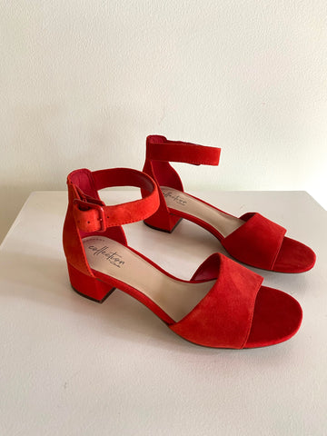 Clarks - Heeled Sandals in Red