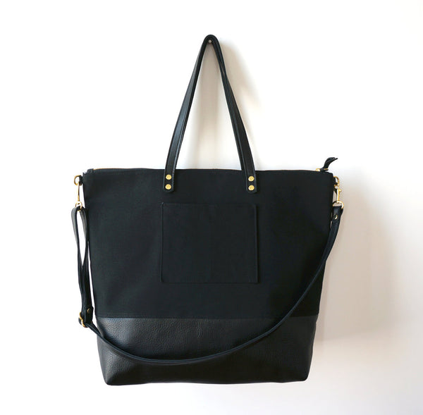 Umbrella Collective - Travel Tote Black