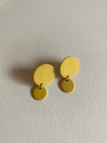 Four Eyes Ceramics - Small Circle Dangle Earrings in Mustard