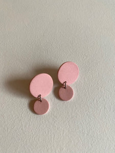Four Eyes Ceramics - Small Circle Dangle Earrings in Pink