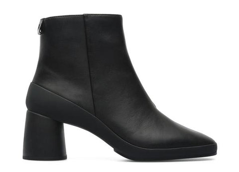 Camper - Side Zip Boot in Black Leather