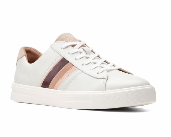 Clarks - Sneaker in White Leather with Retro Band