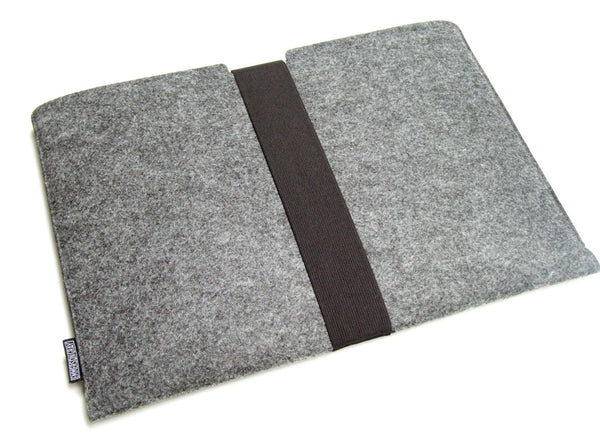 reMarkable 2 felt sleeve case with strap
