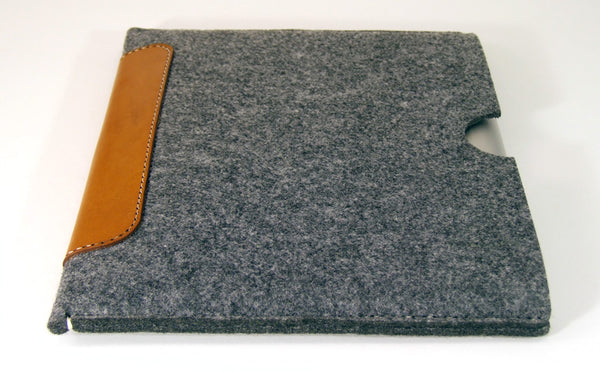 iPad PRO (ALL MODELS) grey felt sleeve case with premium LEATHER PATCH