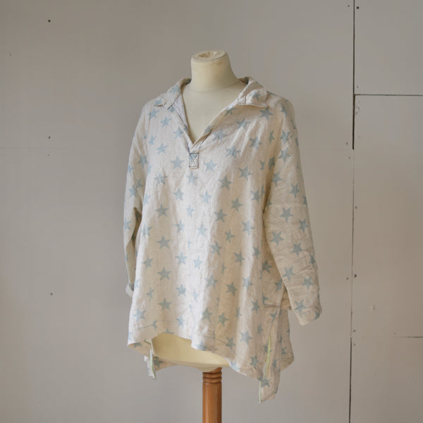 Warm white blue star linen shirt