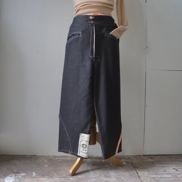 Fine English wool curved trousers