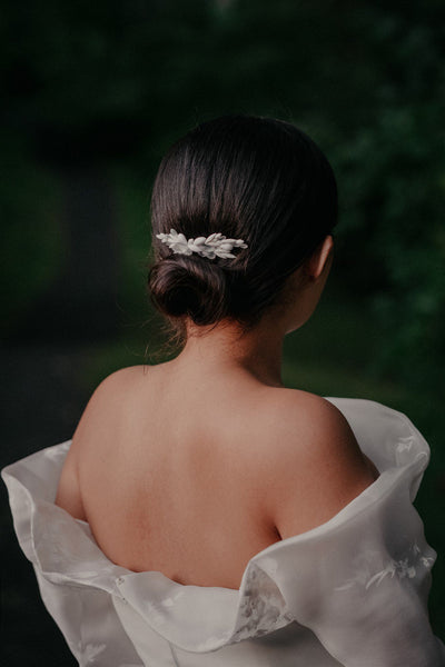 Wedding Hair Accessories to Top Off Your Bridal Hairdo