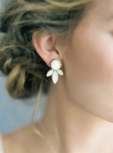 Load image into Gallery viewer, Brooke-earrings-Hushed Commotion