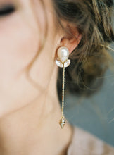 Load image into Gallery viewer, Landry-earrings-Hushed Commotion