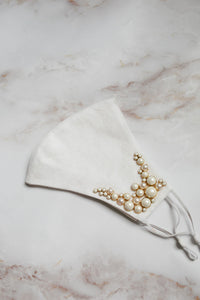 Beaded Bridal Face Mask with Pearls