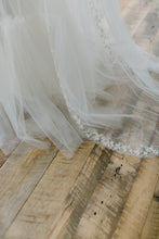 Load image into Gallery viewer, Gavrielle Veil-veils-Hushed Commotion