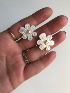 Mother of pearl resin beaded floral earrings (small) // ARCHIVE SALE