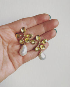 Gold floral and Baroque pearl drop earrings #HC015