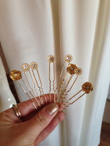 Charlotte Hair Pins in gold (ARCHIVE SALE)